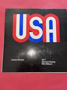 1971 USA USPS Special Stamp Mini-Album. Stamps are Attached to Backing.