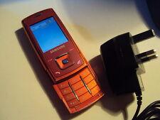 SIMPLE SAMSUNG E900 MOBILE PHONE ON O2/TESCO/GIFFGAFF  + CHARGER