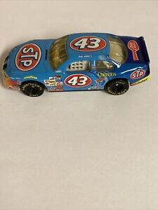 John Andretti 1/64 #43 STP Cheerios Betty Crock Hot Wheels car 1998