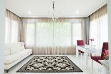 Tapis noir avec des motifs Oriental pour la maison