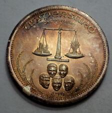 1972 Natural Toning UNIVERSARO BULLION ,  1 OZ.999 Silver World Trade ROUND !