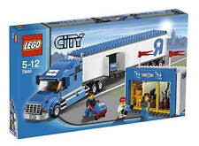 VERY RARE NEW LEGO CITY 7848 TOYS R US TRUCK - BNIB & SEALED