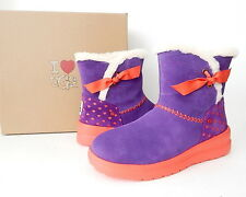 NWB UGG Women's Knotty Comfy Boot Size 7 (US) Kiss Heart Suede Purple/Red