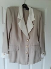 Women's Juniors Beige and Cream Colored two-piece suit size 9/10