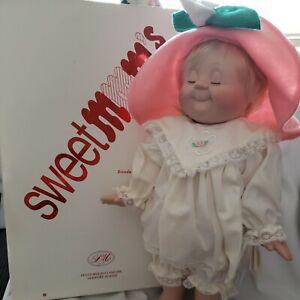 "Sweet MMM's Doll Vintage Rare ""Lili"" absolutely beautiful bottom of box bent MIB"