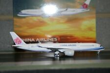 Phoenix 1:400 China Airlines Airbus A350-900 B-18916 (PH04271) Model Plane