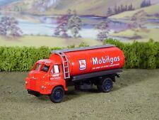 Lledo Vanguards VA8000 Bedford S Type, Mobilgas Petrol Tanker, Boxed