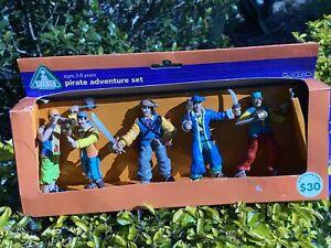 ELC Pirate Adventure set with 5 X 8cm figures