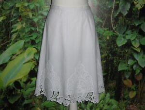 White  Cynthia Rowley 100% cotton Embroidery  Skirt Size UK16