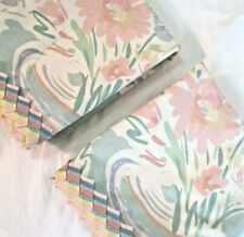 Pair Collier Campbell BRIEF ENCOUNTER Pastel Floral Standard Size Pillowcases