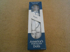 The Heritage Mint Ltd. Collection Doll Diane D-28. RARE ONE.  Porcelain Doll NEW