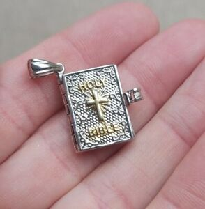 VINTAGE STERLING SILVER HOLY BIBLE PSALM 23 1-3 CHARM PENDANT 925