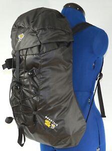 MOUNTAIN HARDWEAR Packable 100-Denier Cordura Scrambler Pack (Black) Unisex