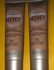 2 Maybelline Dream Velvet Soft-Matte Hydrating Foundation Dúo. Natural Beige #75