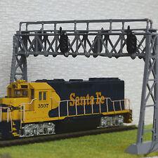 1 x HO scale Model Railroad Train Signal Bridge LED 3 aspects Double Track Grey
