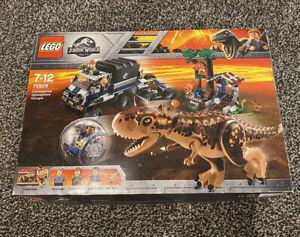 LEGO 75929 Jurassic World Carnotaurus Gyrosphere Escape Mostly New READ DESCRIPT