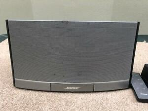 Bose SoundDock Portable Digital Music System w/Remote