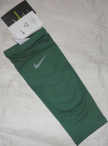 Nike Men's Pro Combat Hyperstrong Padded Shin Compression Calf Sleeve Basketball