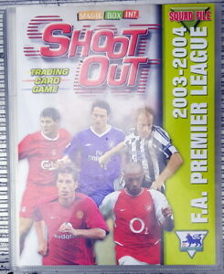 1 COMPLETE SHOOT OUT TRADING CARD SET IN BINDER. PREMIER LEAGUE 2003-2004 .