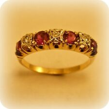 VINTAGE Ruby & Diamanti in oro 9 carati 7-stone Anello, marchiato 1975