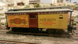 Roundhouse MDC HO Barum & Bailey Circus Overton Baggage Car Upgraded, Ex