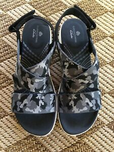 CLOUDSTEPPERS by Clarks Sport Sandals Mira Lily Size 10M Black Camo Color