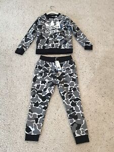 NWT Adidas Kid's Camouflage Track Suit Size S - 9 - 10 Years Sweater & Pants
