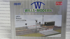 Wills SSM318 Modern Level Crossing Plastic Kit OO Gauge