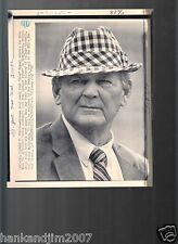 Bear Bryant 7x8.5 A/P Laser Wire Photo with caption 1982 Final Game Alabama