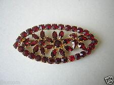 Gablonz Brosche mit roten Glassteinen Blumen goldf. Metall 7,4 g / 5,2 x 2,4 cm