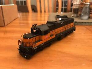 Lines West-Milwaukee Road SD10 conversion kit HO scale