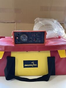PNEUPAC PARAPAC 2D VENTILATOR WITH OXYGEN TANK BAG AND TUBE HOSPITAL PARAMEDIC