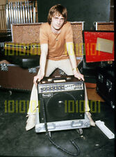 Photo - Mike Oldfield & Boogie amp, 1979