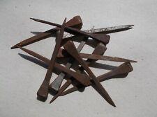 10 anciens grand clous  en fer forgé  62 mm tête carré de 6/7 mm