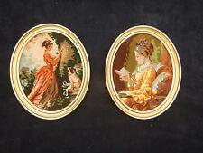 paire de petits cadres ovale bois doré tapisserie Fragonard