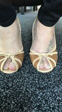 Well Worn Ladies Shoes Size 6