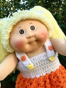Cabbage Patch Doll - Blonde Girl With Brown Eyes And Freckles