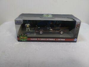 Jada Batman Classic TV Series Batmobile and Batman!!!  NEW!!! 1/32 Scale