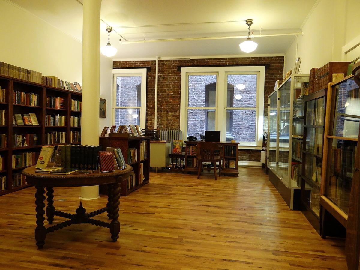 Burnside Rare Books