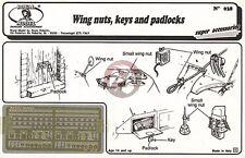 Royal Model 1/35 Wing Nuts, Keys and Padlocks [Photo-etch AFV Diorama Acc.] 038