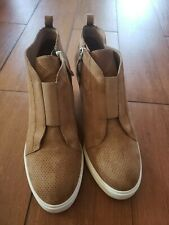 Linea Paolo Felicia Tan perforated Suede Wedge Sneaker Women's Size 9M stains
