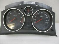 Tachometer Kombiinstrument Entheiratet OPEL ZAFIRA B (A05) 1.9 CDTI 13225988