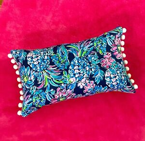 New pillow made with LILLY PULITZER Navy Pineapple Paradise With WHITE Poms