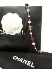 Chanel Chaîne Avec Des Pierres Métal Dans Or Mat