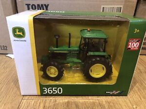 42904A1 Britains John Deere 3650 tractor 1:32 scale New Boxed