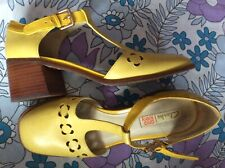 vgc Orla Kiely at Clarks yellow leather Bibi t-bar mid heel shoes 6 39.5 60s Mod