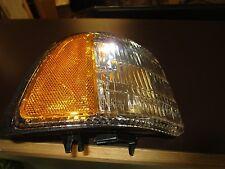 94 95 96 97 98 99 00 01 02 Dodge Ram Truck park turn Light RH PASSENGERcummins