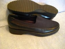 EASY SPIRIT Women's Shoes SIZE 8B AA Black LEATHER & FABRIC SLIP ON