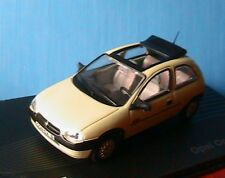OPEL CORSA 1.2 B SWING 1993 2000 VERT CLAIR IXO 1/43 COLLECTION ALTAYA GREEN