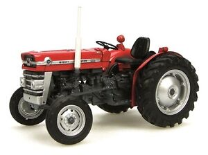 Model Tractor Massey Ferguson 135 Red 1/32nd Scale By Universal Hobbies